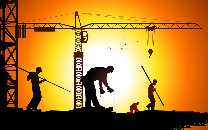 Construction workers: be aware of common workplace injuries