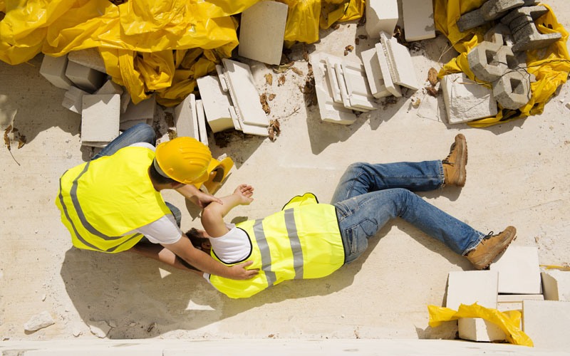 What determines if an injury qualifies for workers' compensation?