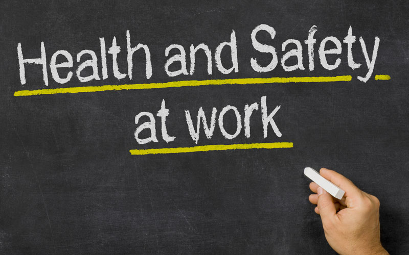 What steps are taken to report an unsafe working environment?